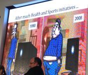 I 1990 var størrelsen af vores tv store, men vi var selv tynde, i 2008 er vores tv blevet tynde men vores kroppe er blevet tykke.